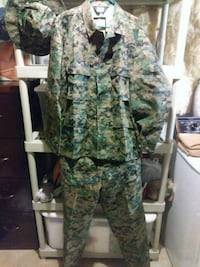 Complete Camo Uniform NWT! Large Silver Spring, 20904