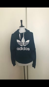 black and white Adidas pullover hoodie Tacoma, 98409