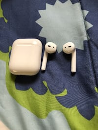 Authentic Apple AirPods