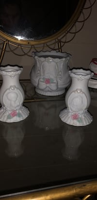 Precious moments candle holders Glen Mills, 19342