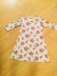 White and pink floral long-sleeved dress Laval, H7T 2S1