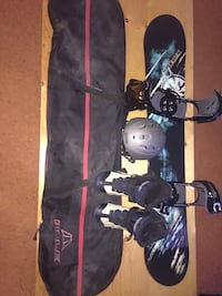 Lamar snowboard with bindings and accessories Calgary