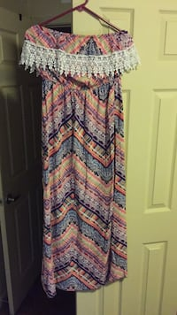 Size large strapless dress Youngsville, 70592