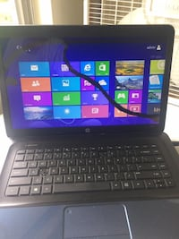 Hp laptop win 8  Lincoln, 68508