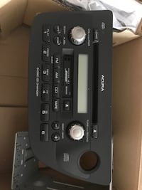 Acura RSX stereo.  Works great only used 1 year  Las Vegas, 89139