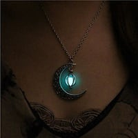 Glow In The Dark Luminous Necklace Moon Pendant Silver Plated 2281 mi