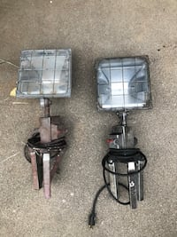Floor lights with extra bulbs  Vacaville, 95688