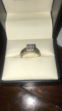 Gold Diamond Ring 10K
