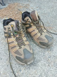 pair of brown-and-black hiking shoes West Kelowna, V4T