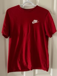 Nike T-shirt Winnipeg, R2P 1R9