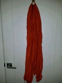 Orange scarf Montreal, H4G 2C5