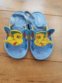 toddler's blue and yellow Mickey Mouse shoes Greater London, IG6 1JH
