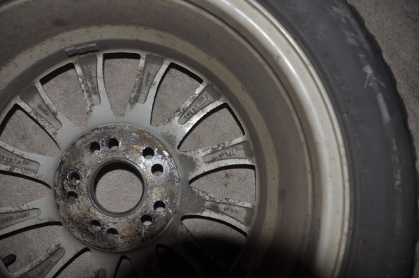Price Reduced! - Now $250! - 4 Used Wheels with Bridgestone Blizzak Winter Tires WS80 - SIZE: 225/50R17 along with locking lug nuts to use with them d30dceec-d6bc-402b-a3b6-7ee67c83ef5b