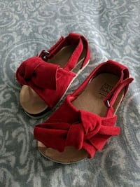 pair of red open toe ankle strap sandals Vaughan, L4H 3N5