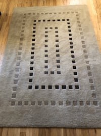 Area rug. 5 by 7