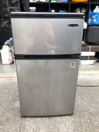 Mini Fridge Farragut, 37934