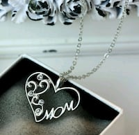$8 NEW silver plated CZ Mom necklace  Ballwin, 63021