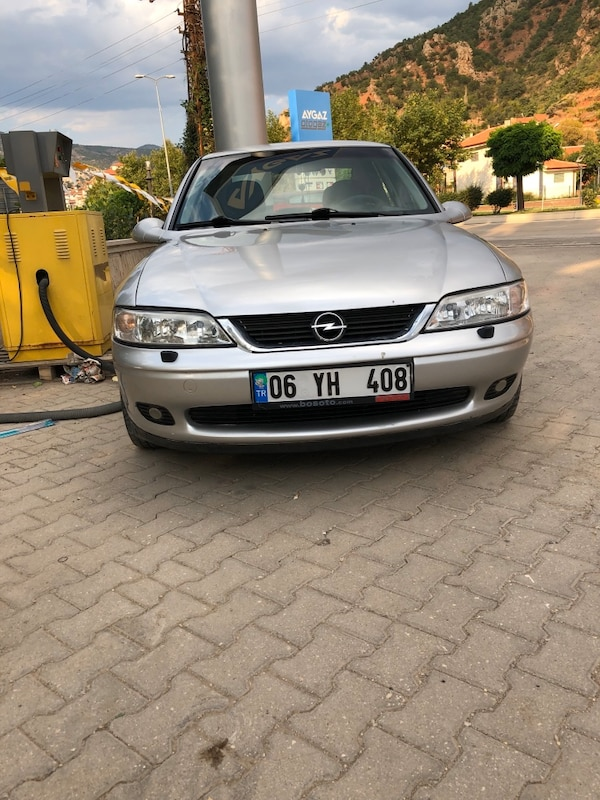 2000 Opel Vectra 2.0I CD 0