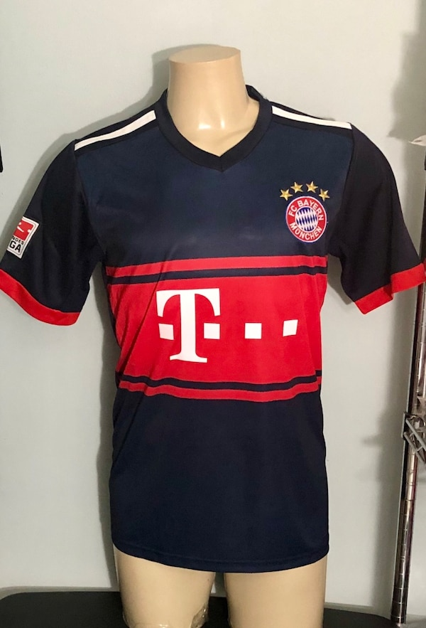 official photos 0efee 5a502 Bayern Munich # 11 James Soccer Jersey Medium ( M) New. Was $35 Now $ 18 (  Price Not Negotiable ).New