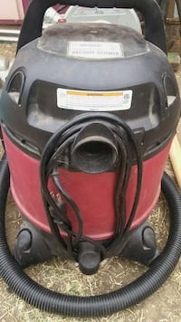 black and red wet and dry vacuum cleaner Oklahoma City, 73129