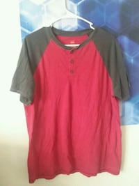 red and gray Nike crew-neck t-shirt Knoxville, 37914