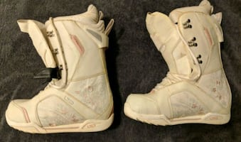 Women's Snowboard Boots Size 9