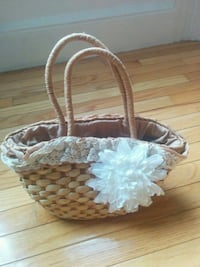 brown and white wicker basket Jersey City, 07306