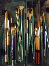 Paint brushes assorted