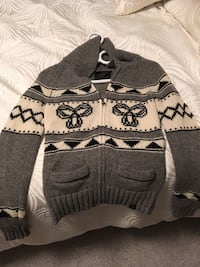 Small grey TNA sweater