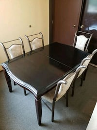 Large heavy table solid wood 5 chairs Richmond, V7A 4E1