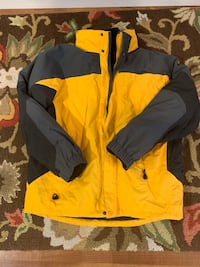 LL Bean Men's 3-in-1 ski jacket - Size Large Arlington, 22207