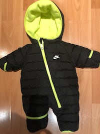 Warm Nike baby suit Vaughan, L4L 8E7