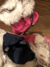 Girls snow boots size 13
