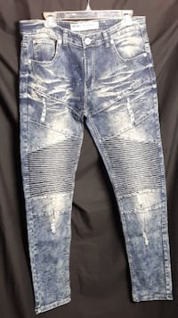 Demolition Jeans Mens Size 34/32 New WITHOUT TAGS Cuddy