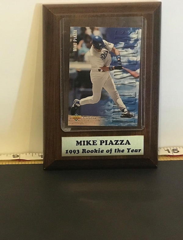 Mike Piazza Rookie Of The Year Card Mint In Plaque