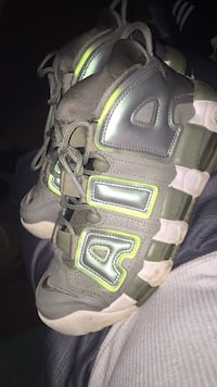pair of gray-and-brown hiking shoes Triangle, 22172