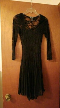 Black lace hot topic dress 35 mi