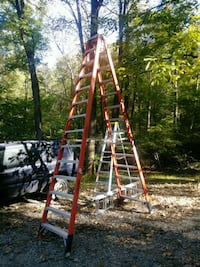 brown and white wooden ladder Bluemont, 20135