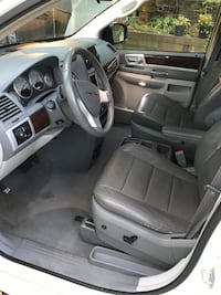 2010 Chrysler Town & Country Touring Inver Grove Heights