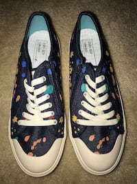 NEW Pair of blue-and-white vans sneakers. ZARA BOY collection  Rockville, 20852