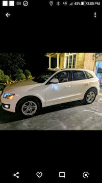 Audi - Q5 - 2011 with 4 winter tires included Toronto