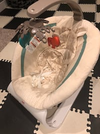 Fisher price bouncer chair   3158 km