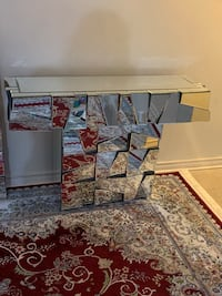 Selling brand new condition beautiful  console table with mirror Toronto, M1G 1R9