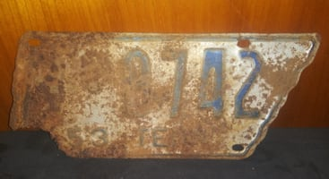 1953 Tennessee License Plate Rusty Rough Tag