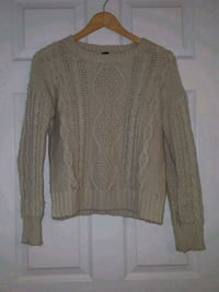 Forever 21 Sweater Small Turlock