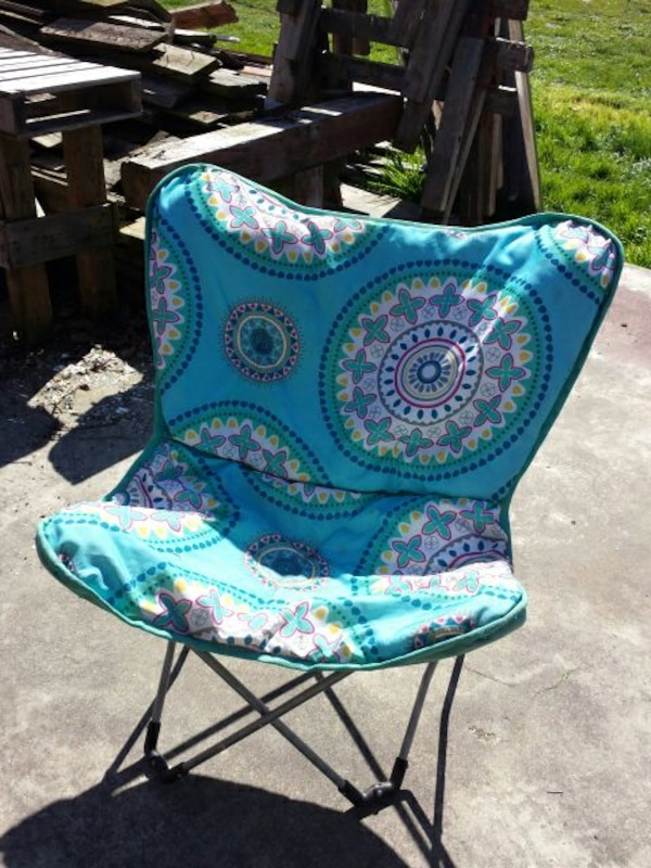 Awesome Blue Floral Camping Chair Download Free Architecture Designs Scobabritishbridgeorg