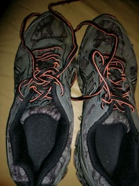 pair of black-and-gray Nike running shoes Robertsdale, 36567