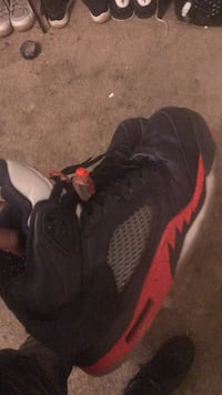 Pair of black air jordan basketball shoes Capitol Heights, 20743