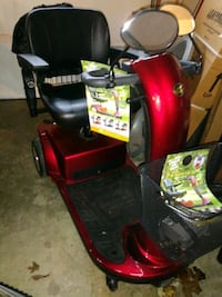 red and black ride-on mower Lawrenceburg, 47025