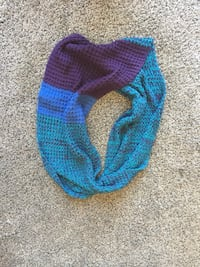Roots infinity scarf  Kitchener, N2H
